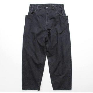 アンユーズド(UNUSED)のstein EX Wide Hooked Denim Jeans black(デニム/ジーンズ)