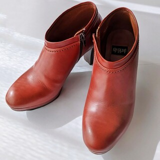 ヒミコ(卑弥呼)のサリー様専用赤茶ブラウンのショートブーツ本革ブーティ卑弥呼美品(ブーティ)