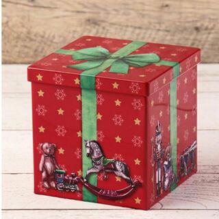 カルディ(KALDI)のKALDI クリスマス プレゼントボックス缶(菓子/デザート)