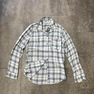 アバクロンビーアンドフィッチ(Abercrombie&Fitch)の新品未使用アバクロのレディースチェックシャツ(シャツ/ブラウス(長袖/七分))