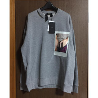 マルタンマルジェラ(Maison Martin Margiela)のM新品 N°21 スウェット シャツ ヌメロヴェントゥーノ メンズ グレー(スウェット)