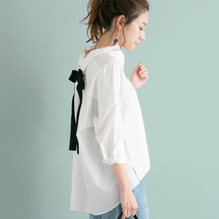 アーバンリサーチ(URBAN RESEARCH)のUR バックリボンゆるっとシャツ(シャツ/ブラウス(長袖/七分))