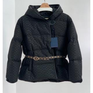 ルイヴィトン(LOUIS VUITTON)の【Louis Vuitton】フード付き ダウンジャケット S(ダウンジャケット)