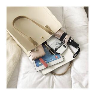 ディーホリック(dholic)の新品 韓国ファッション 大容量バッグ ポーチ付き(トートバッグ)