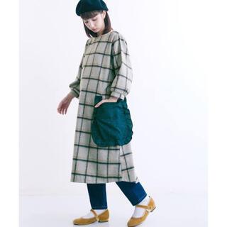 メルロー(merlot)のウールチェックビッグポケットワンピース(ひざ丈ワンピース)