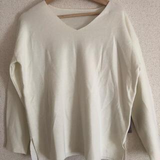 ジャイロ(JAYRO)のvネックシャツ(カットソー(長袖/七分))