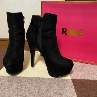 アールアンドイー(R&E)のショートブーツ R&E(ブーツ)