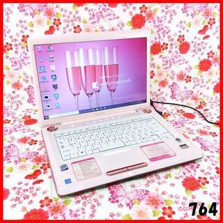 トウシバ(東芝)のピンクPC♪ノートパソコン本体♪SSD交換可♪オフィス♪Windows10(ノートPC)