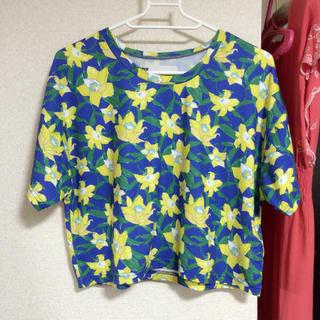 スライ(SLY)のSLY 花柄ショート丈Tシャツ(Tシャツ(半袖/袖なし))