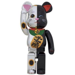 メディコムトイ(MEDICOM TOY)のベアブリック 招き猫 1000% 黒銀(その他)