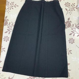 ブラックスカート (ひざ丈スカート)