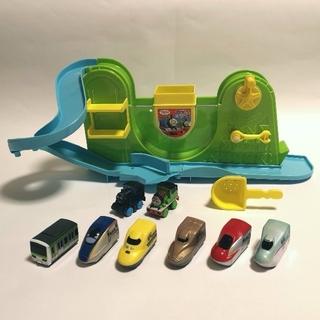 パイロット(PILOT)のおふろdeミニカー トーマス&パーシーセットと電車6台(お風呂のおもちゃ)