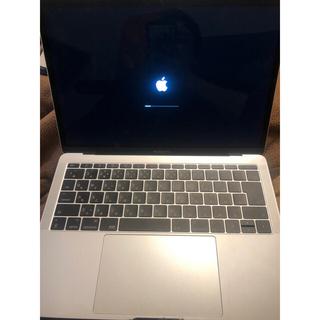 マック(MAC)のMacBook Pro2017 13インチ(ノートPC)
