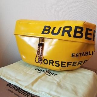 バーバリー(BURBERRY)のBURBERRY バッグ バムバッグ ホースフェリー ショルダーバッグ イエロー(ボディーバッグ)