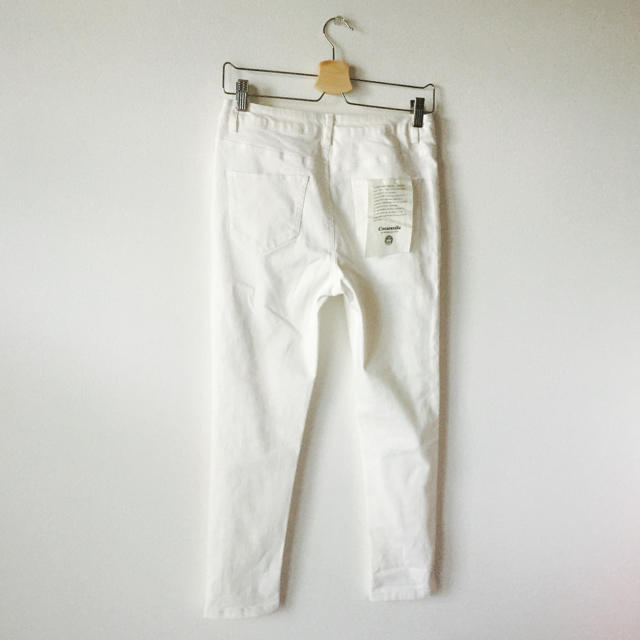 EMSEXCITE(エムズエキサイト)の<新品>ホワイトスキニーパンツ レディースのパンツ(スキニーパンツ)の商品写真