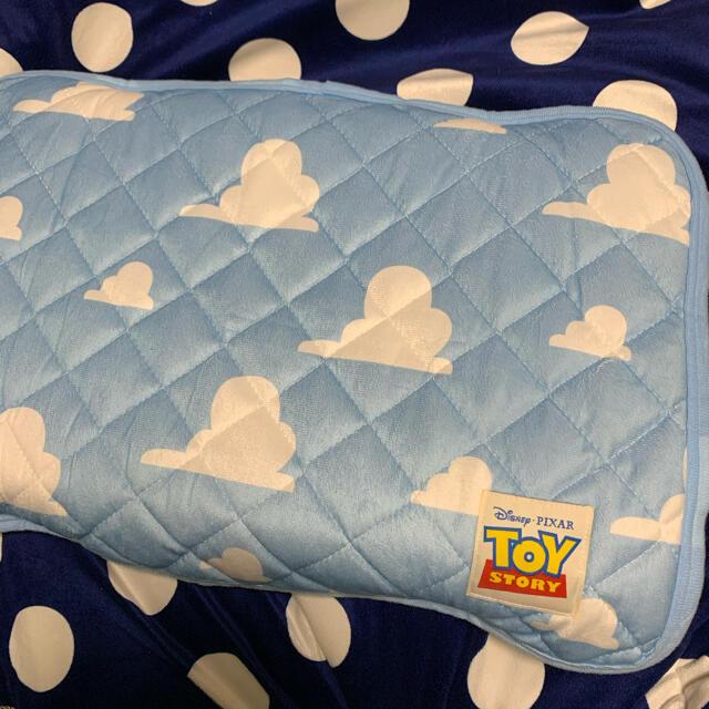 【新品】トイストーリー枕パッド インテリア/住まい/日用品の寝具(シーツ/カバー)の商品写真