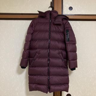 バーバリー(BURBERRY)のBURBERRY KIDS 2019 ダウンコート 紫×黒 12Y ロングコート(ダウンコート)