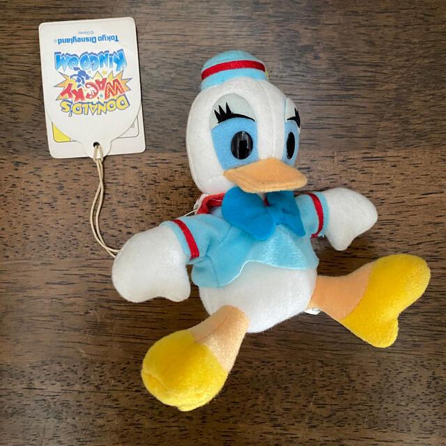 Daisy(デイジー)のぬいぐるみバッジ デイジー ワッキー•キングダム エンタメ/ホビーのおもちゃ/ぬいぐるみ(キャラクターグッズ)の商品写真