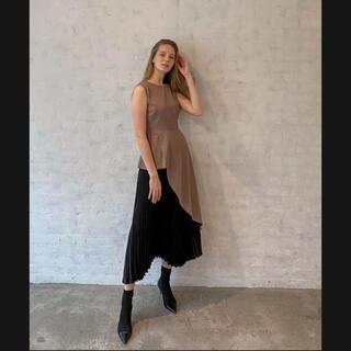 rienda - ❤️【送料込】エレノア Asymmetry pleats TOPS