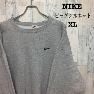 ナイキ(NIKE)の古着 NIKE ナイキ スウェット ビッグシルエット 刺繍ロゴ XL(スウェット)