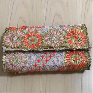 ロンハーマン(Ron Herman)のモロッコ刺繍 クラッチバッグ(クラッチバッグ)