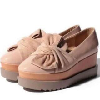 ナイスクラップ(NICE CLAUP)のナイスクラップ スエード 厚底 ピンク シューズ(ローファー/革靴)