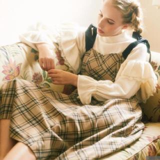 メゾンドフルール(Maison de FLEUR)の肩リボンチェック柄ドレス ベージュ(ひざ丈ワンピース)