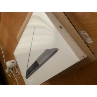 アップル(Apple)の256gb APPLE MacBook Pro MUHP2J/A 未開封 (ノートPC)