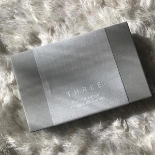 スリー(THREE)のTHREE フレグランスオイル062 バースデーカード付き(香水(女性用))