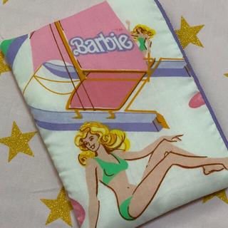 バービー(Barbie)の専用 フラットポーチ バービー ビンテージシーツ ハンドメイド(ポーチ)