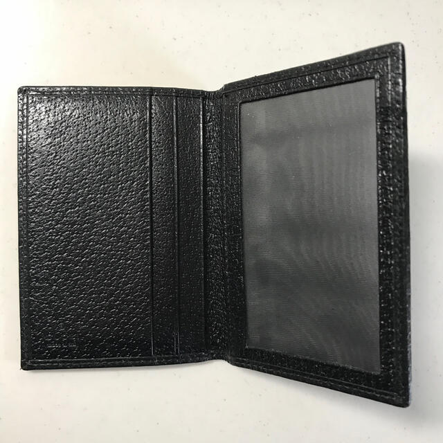 Gucci(グッチ)のGUCCI ICカード入れ 黒色 レディースのファッション小物(名刺入れ/定期入れ)の商品写真