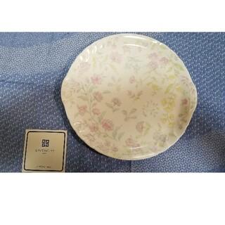 ジバンシィ(GIVENCHY)のGIVENCHY 洋中皿 花柄陶器(食器)