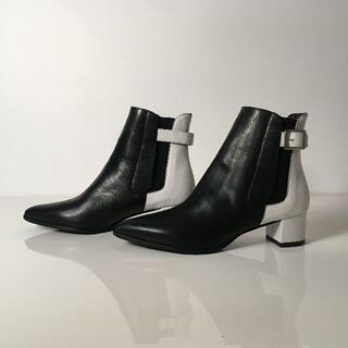 ユナイテッドアローズ(UNITED ARROWS)のESTNATION サイドゴア ストラップ ショートブーツ ブラック ホワイト (ブーツ)