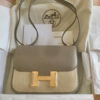 エルメス(Hermes)のエルメス コンスタンス ミニ グリアスファルト エプソン ローズゴールド金具(ショルダーバッグ)