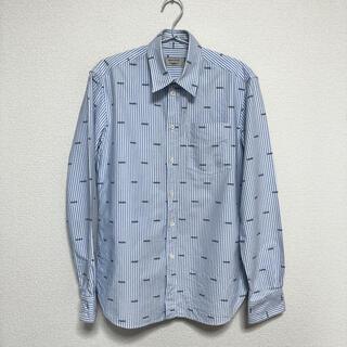 メゾンキツネ(MAISON KITSUNE')のMAISON KITSUNE PARISシャツ(シャツ)