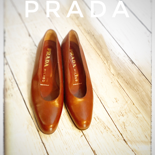 PRADA - 【美品】PRADA プラダ パンプス 23.5センチ
