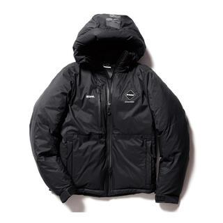 エフシーアールビー(F.C.R.B.)の黒S fcrb 20aw fw ツアーダウンパーカー ジャケット ブリストル(ダウンジャケット)