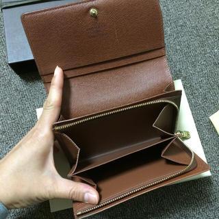 LOUIS VUITTON(ルイヴィトン)のルイヴィトン モノグラム 二つ折り財布 レディースのファッション