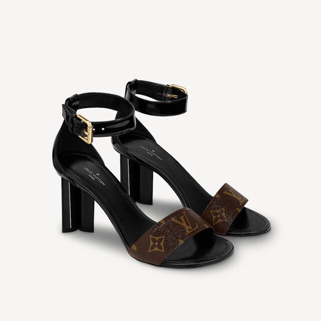 LOUIS VUITTON(ルイヴィトン)のLV ルイヴィトン シルエットラインサンダル レディースの靴/シューズ(サンダル)の商品写真