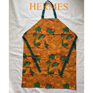 エルメス(Hermes)のHERMES 鮮やかなコットンエプロン(ひざ丈ワンピース)