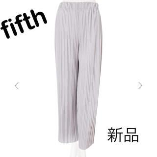 フィフス(fifth)の新品未使用☆フィフス プリーツパンツ くすみカラー(カジュアルパンツ)