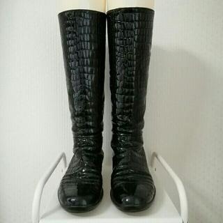 プラダ(PRADA)のプラダ クロコダイル型押し ロングブーツ 37 ブラック(ブーツ)