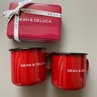 ディーンアンドデルーカ(DEAN & DELUCA)のDEAN & DELUCA ホーローマグカップ レッド &2個アソート赤缶(食器)