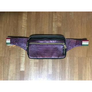 オロビアンコ(Orobianco)の最終価格 オロビアンコ ボディバック パープル ゴールドジップ(ボディーバッグ)
