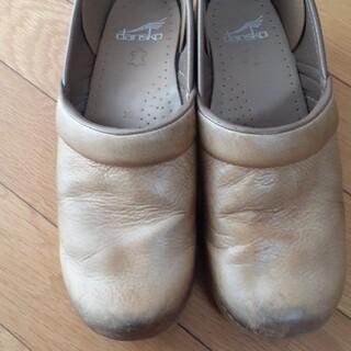 ダンスコ(dansko)のダンスコ39ハニー(ローファー/革靴)