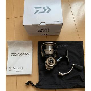 ダイワ(DAIWA)の【訳あり】DAIWA ダイワ 20 LUVIAS ルビアス LT2500-XH(リール)