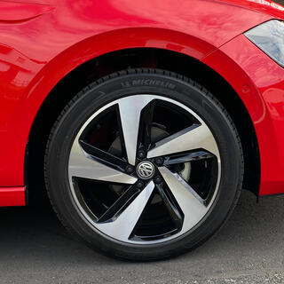 Volkswagen - VW 現行POLO用 GTI装着タイヤ&ホイール 美品