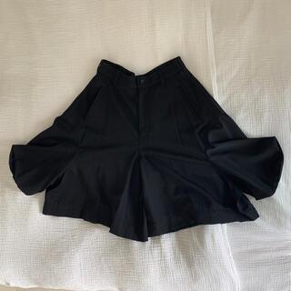 コムデギャルソン(COMME des GARCONS)のコムデギャルソン  濃黒 サルエル キュロットパンツ(サルエルパンツ)