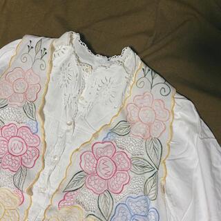 ロキエ(Lochie)のused 花刺繍ベスト(ベスト/ジレ)