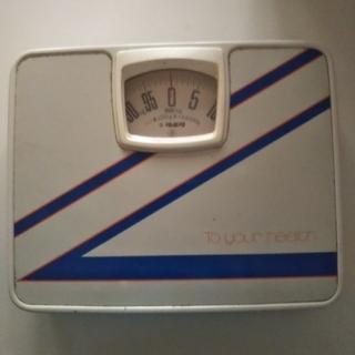 ヘルスメーター  超シンプル  昭和デザイン  シブイ  ¥900(体重計)